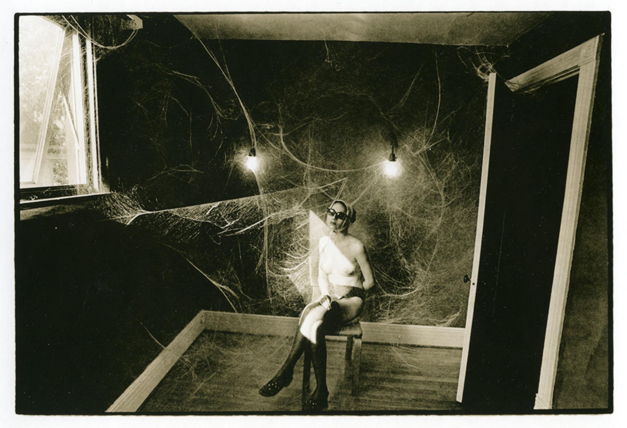 Cobweb.Nude