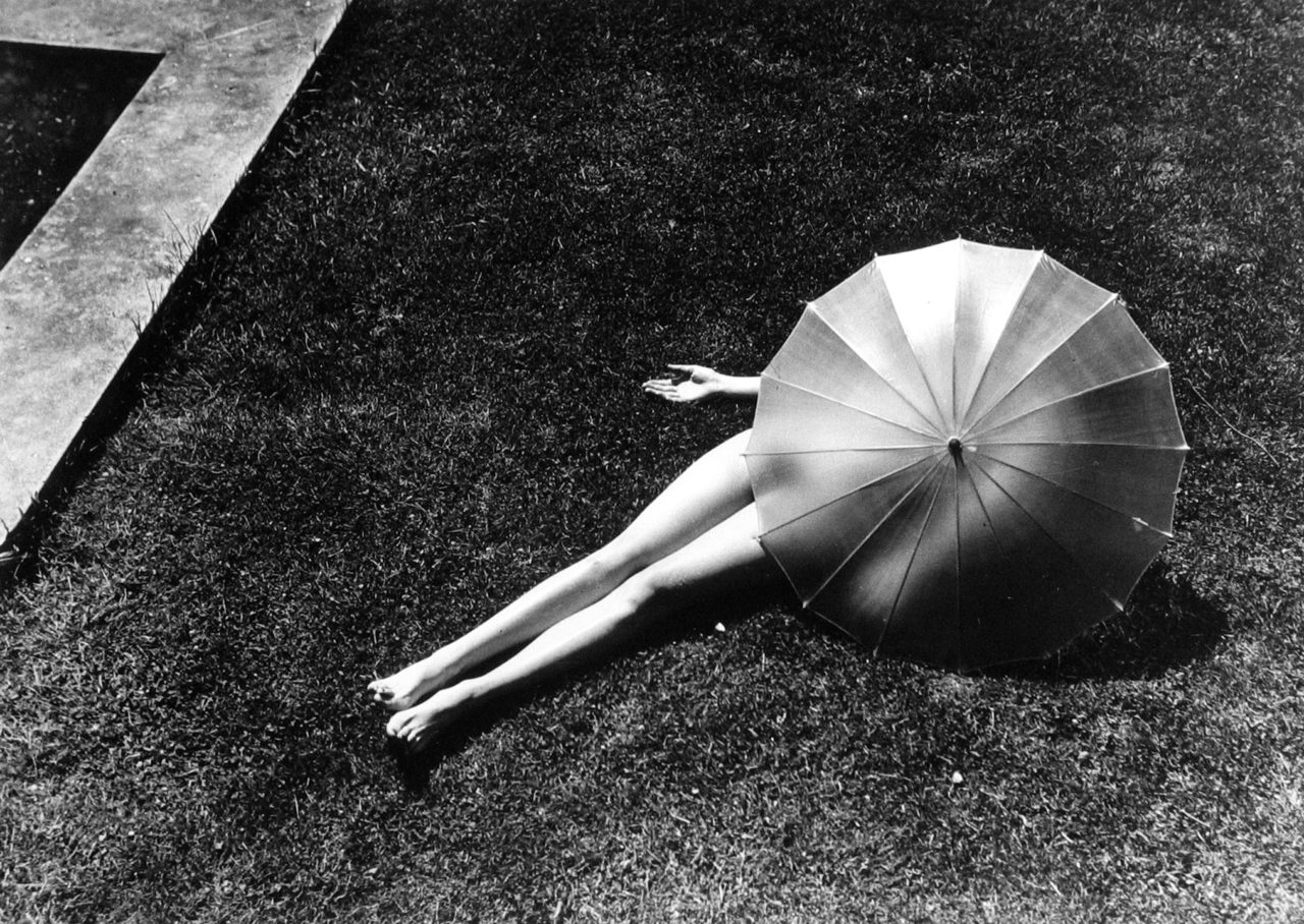Nude with parasol